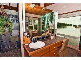 Floating Homes for Sale in Portland Oregon Floating Home 1 Photo 19